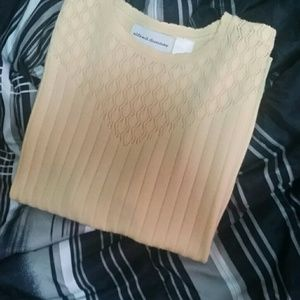 Alfred Dunner yellow short sleeve sweater